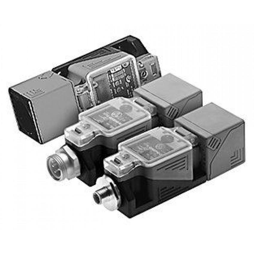 Επαγωγικοί Ανιχνευτές Παραλληλεπίπεδοι 40Χ40Χ120 20-250V AC/DC